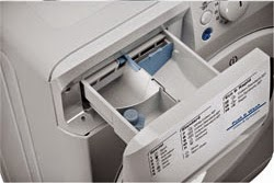 To Remove Your Indesit Xwd  Detergent Dispenser Drawer Locate The Lever Latch Inside The Drawer Press The Lever Downwards And Pull The Drawer