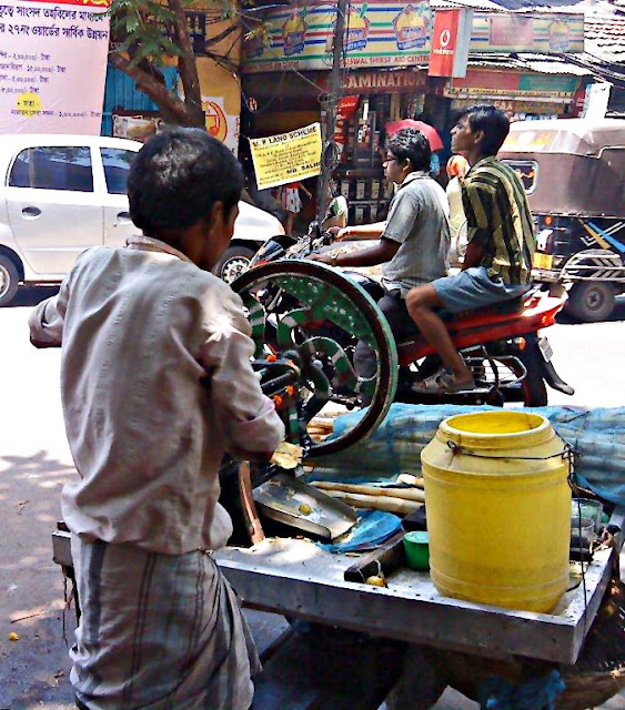 sugarcane juice seller