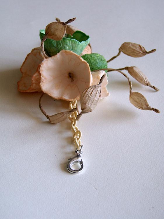 Eco gioielli : bracciale per matrimonio color beige verde