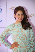 Rashi Khanna at Dinner with Stars-thumbnail-5