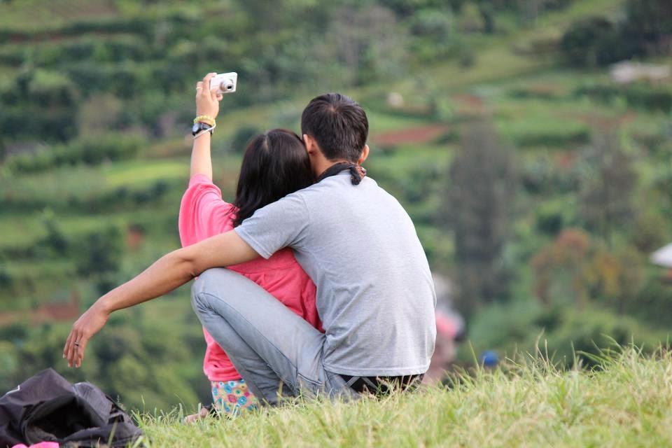 9 Kebiasaan Konyol Cewe Yang Harus Segera Di Hentikan