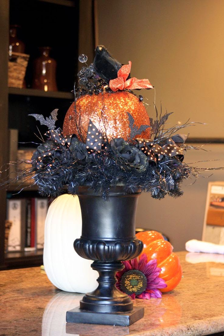 New England Fine Living 10 Classy And Glam Halloween