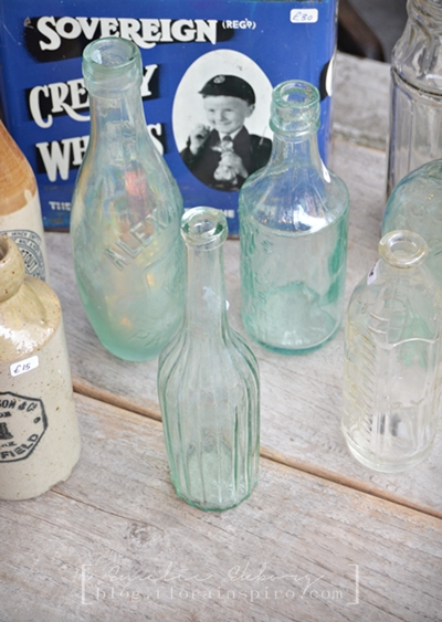 vintage glass bottle, antiques, portobello road london. market portobello road, vintage london, vintage portobello road