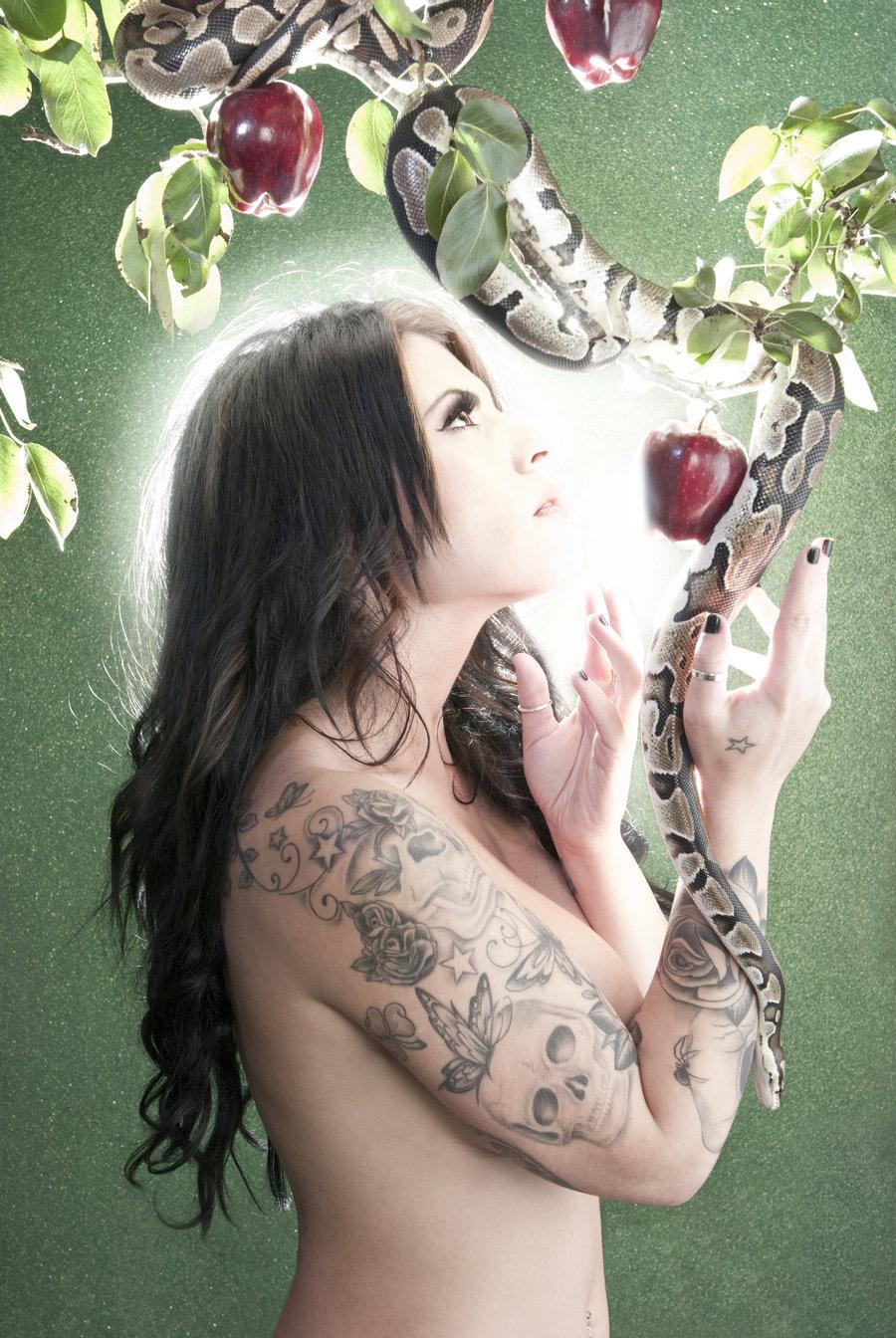 Eve: In the garden of Eden