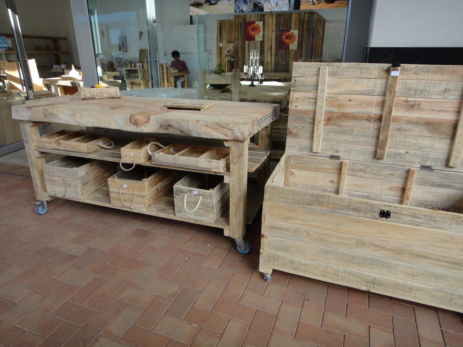 En afrique du sud on recycle aussi le for Meuble cuisine bois recycle