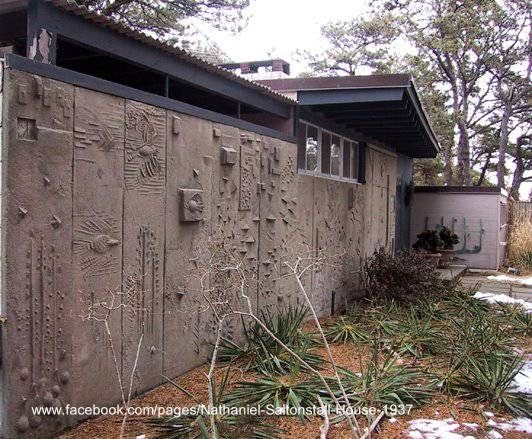 Muro exterior de una cabaña moderna en Estados Unidos