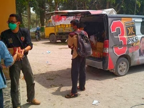 Relawan PKS bantu korban erupsi Gunung Kelud