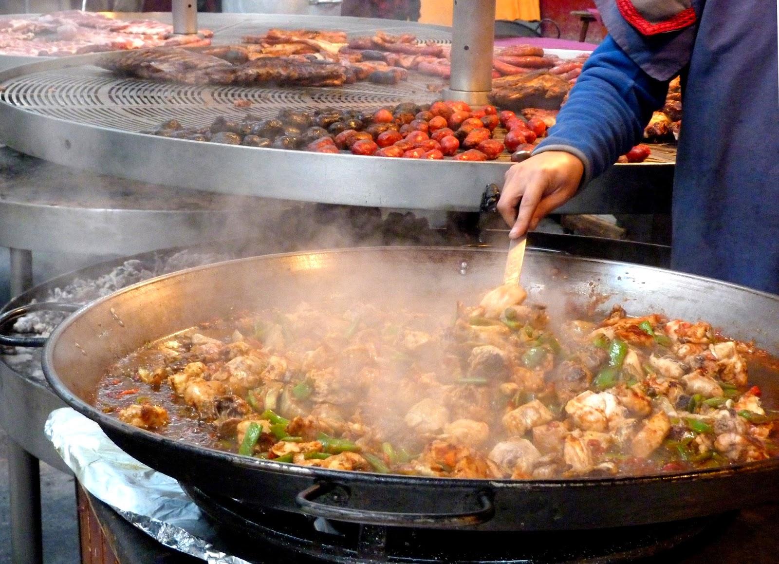 Tarragonain paella en el mercado medieval