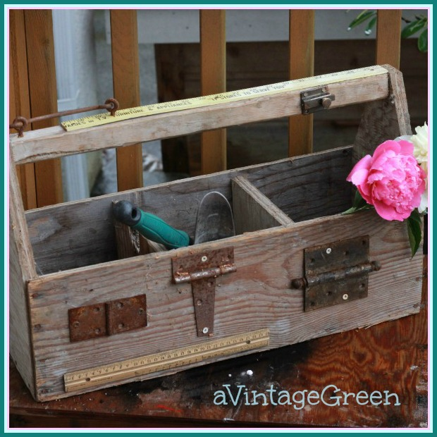 A vintage green rusty junk wooden tool box for Old wooden box ideas