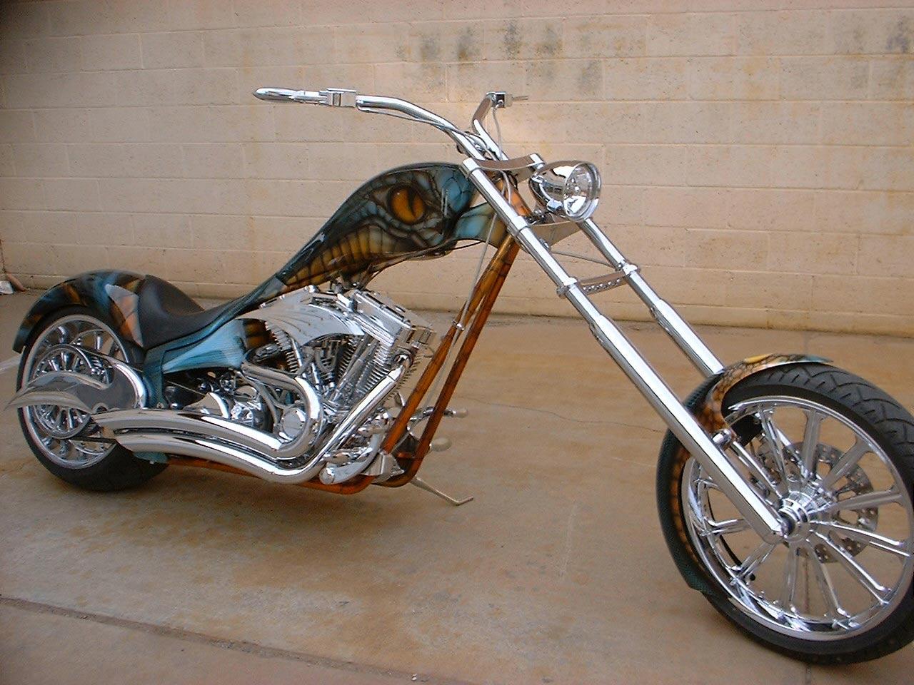 http://4.bp.blogspot.com/-RqxROjcbwVY/TdtUONFTxAI/AAAAAAAAAAY/PBDA_wCrg94/s1600/Cobra_Bike.jpg