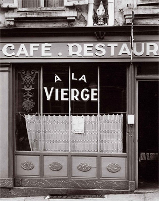 http://kvetchlandia.tumblr.com/post/128975922333/paul-strand-café-a-la-vierge