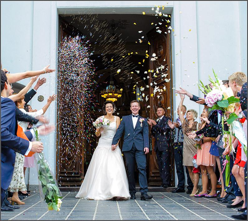 ryžių lietus per vestuves