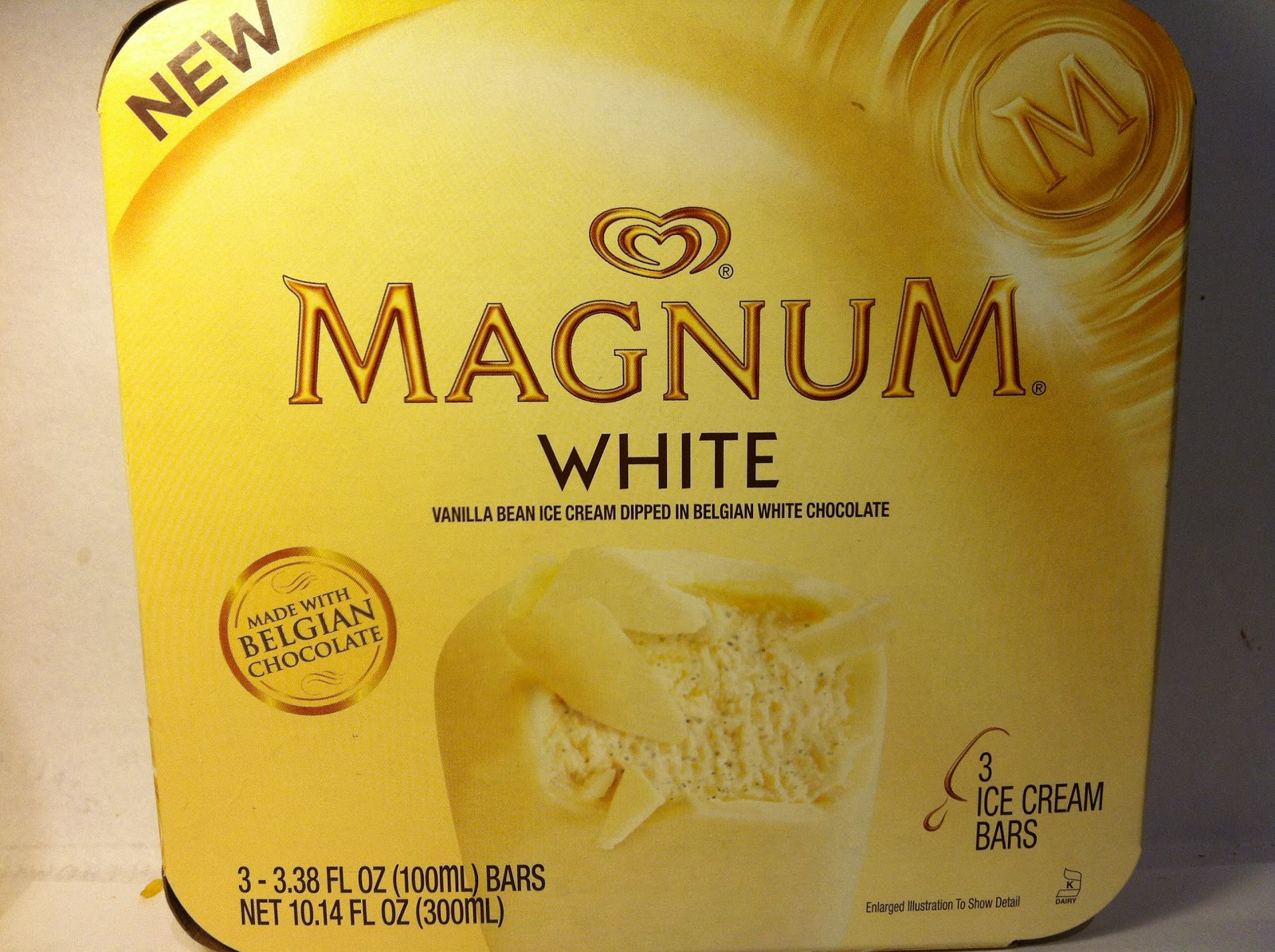 Crazy Food Dude: Review: Magnum White Chocolate Ice Cream Bar