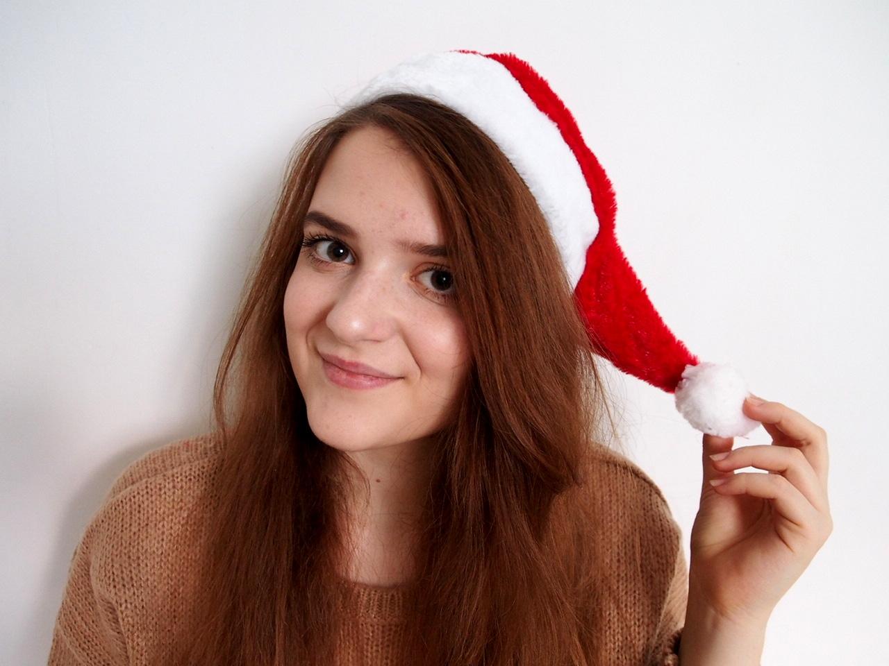 Festive Makeup Look- Christmas edition!