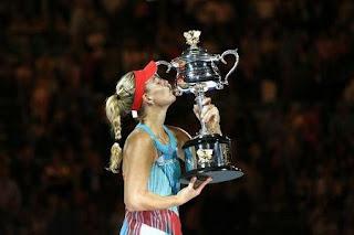 TENIS - Kerber sorprende a Serena en una espectacular final del Abierto de Australia