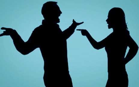 penyebab sering bertengkar saat pacaran