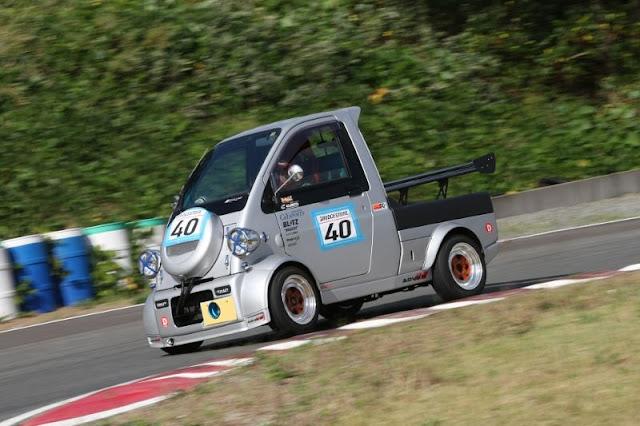 Daihatsu Midget II, ciekawostki motoryzacyjne, sport samochodowy w Japonii