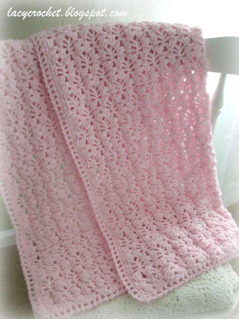 Free Crochet Pattern For A Blanket : Lacy Crochet: Pretty Lacy Stitch for a Baby Blanket