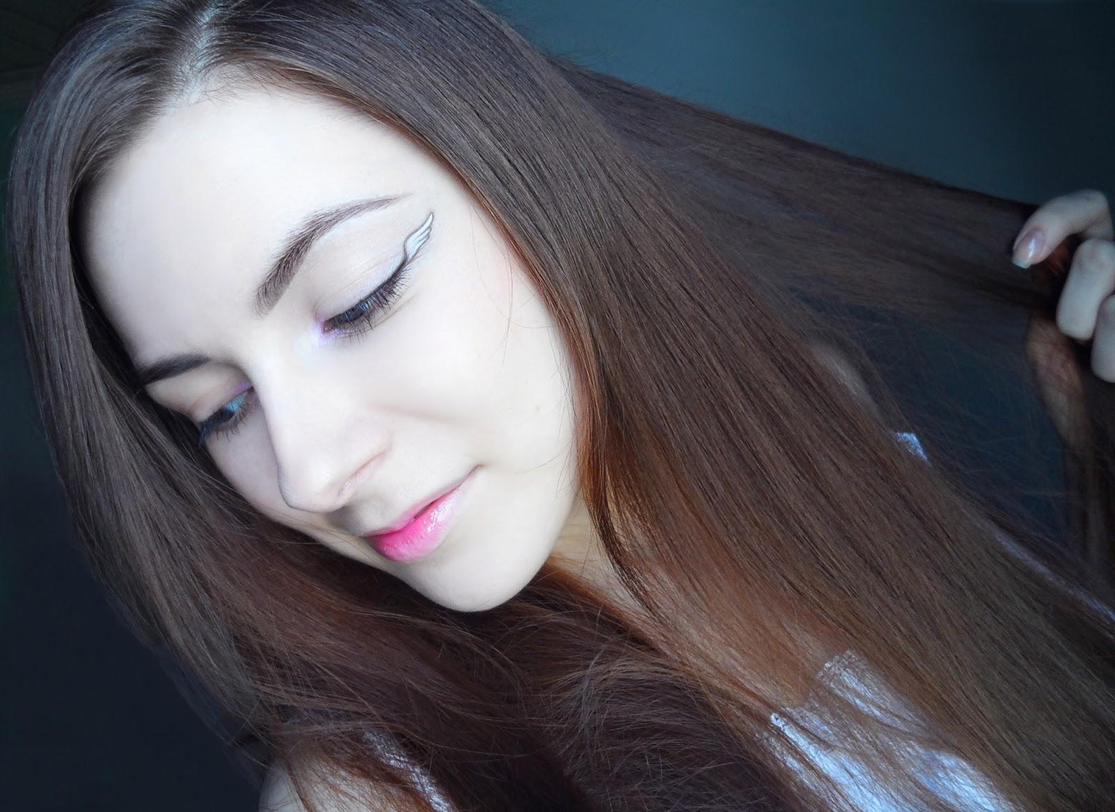 beauty angel blogger liz breygel sweet angel wing eyeliner style step by step makeup look tutorial