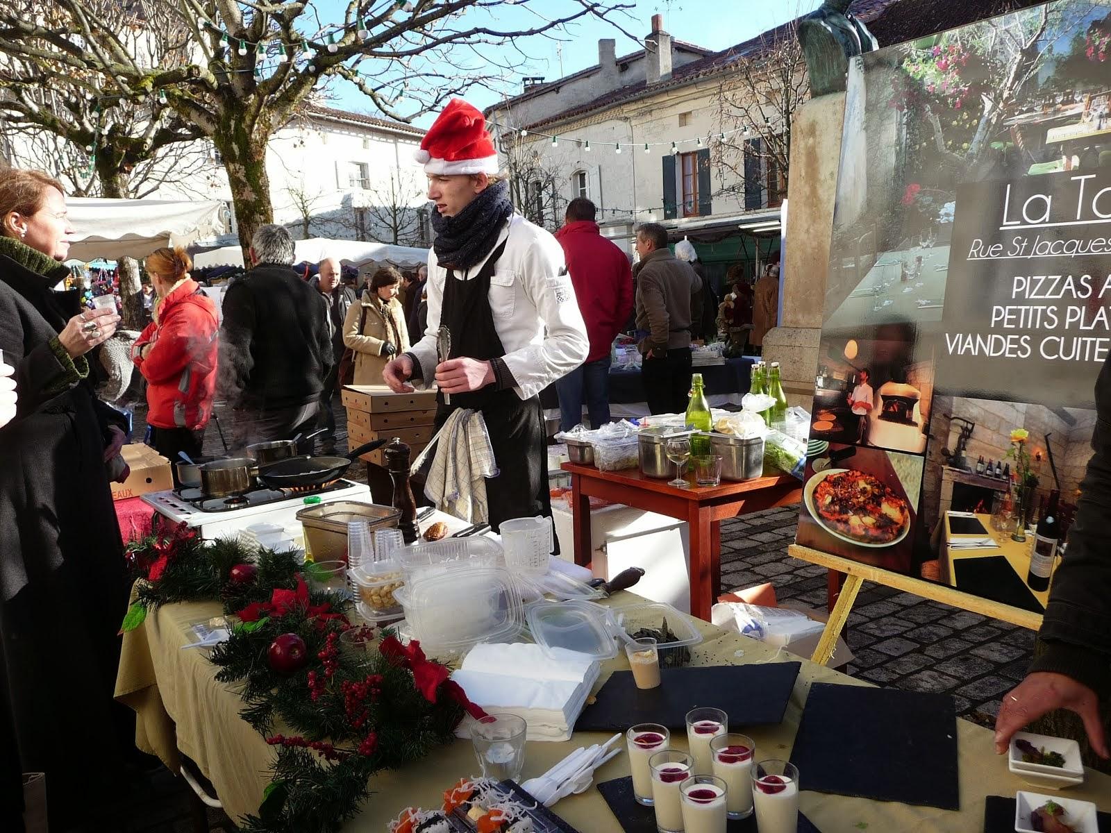 At the Aubettere-sur-Dronne Christmas market