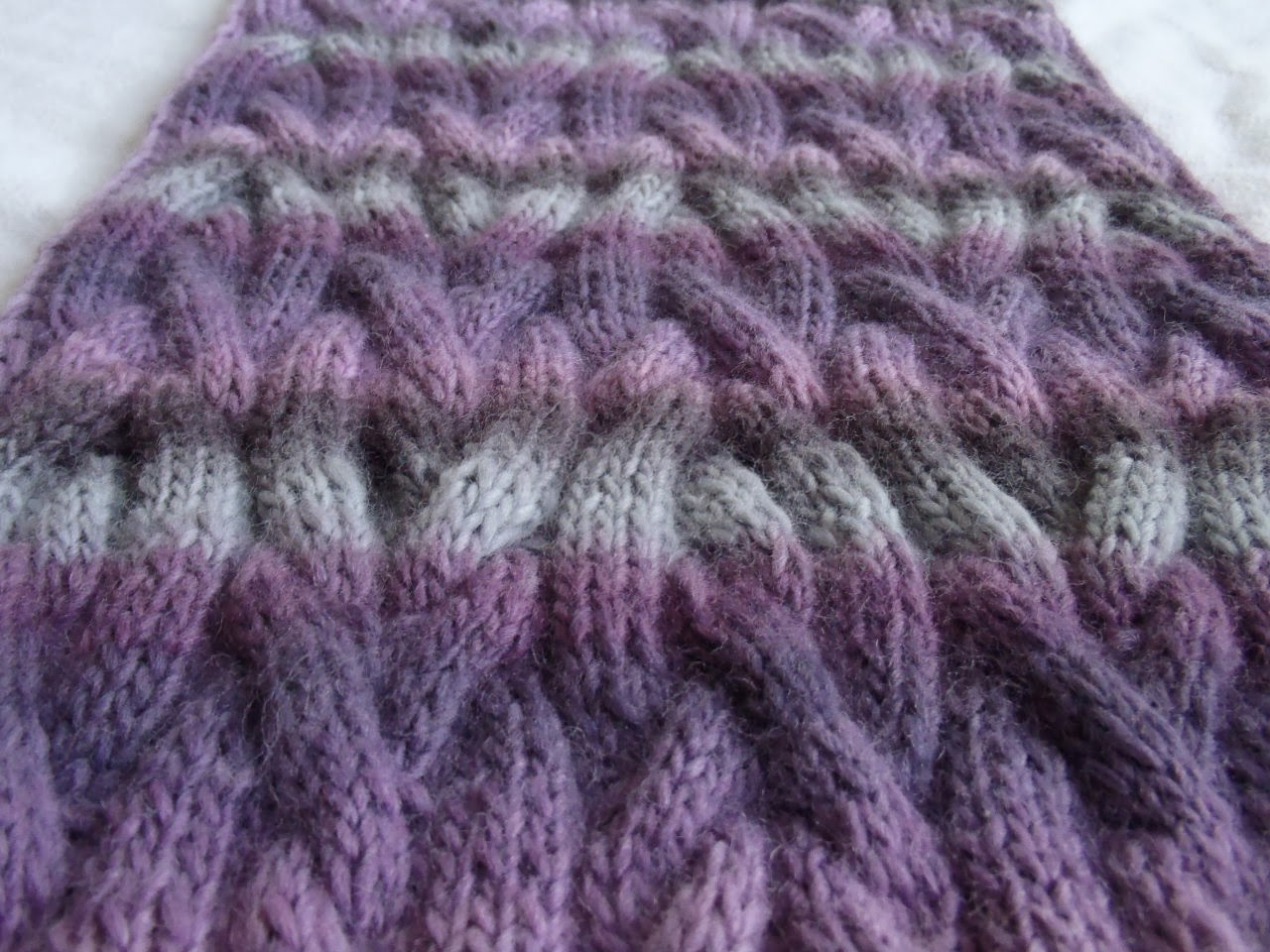 Stanas Critters Etc.: Knitting Pattern for Ripple Shawl