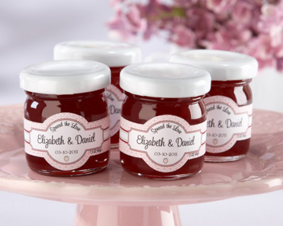 brunch wedding / jam favours.