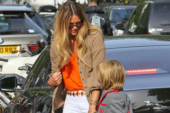 10 stereotype mums at the school gate