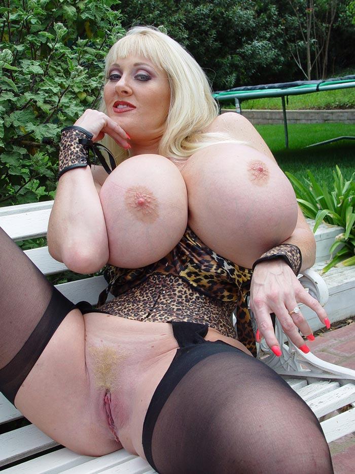 Порно фото голых больших жоп и титек фото 683-43