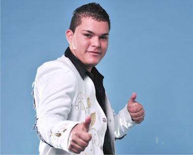 Javier Ramírez Velásquez   2da voz de Chuyin Barajas