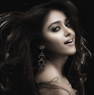 Ileana face close up - Ileana Hot Face Close Up Pics