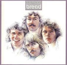 Bread canta tema de Rodrigo e Amaralina