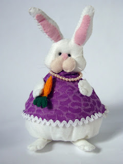 easter bunny in felt