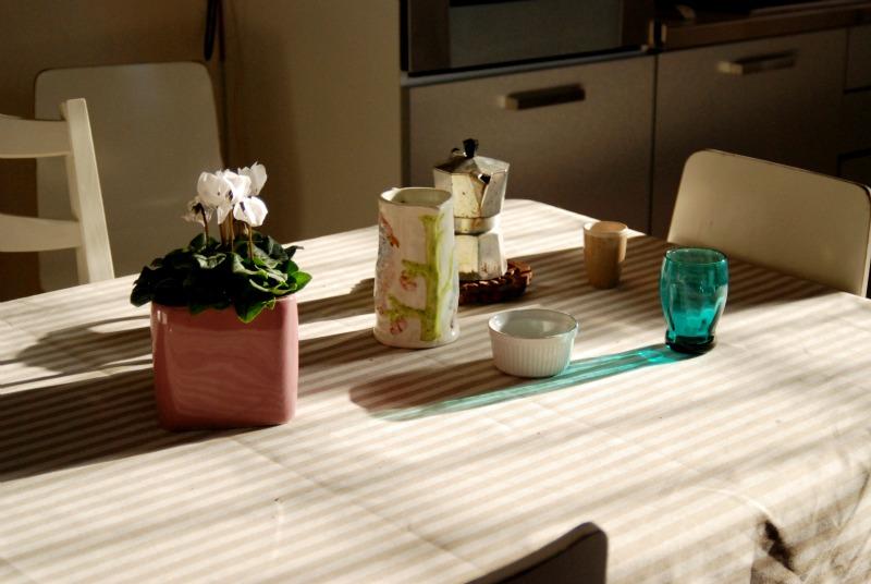 tavola fiori caffe