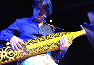 Sarawak Malaysia Borneo Rainforest World Music Festvial MAYA GREEN (Sarawak)