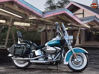 Gambar motor 2013 Harley-Davidson FLSTC Heritage Softail Classic - 2