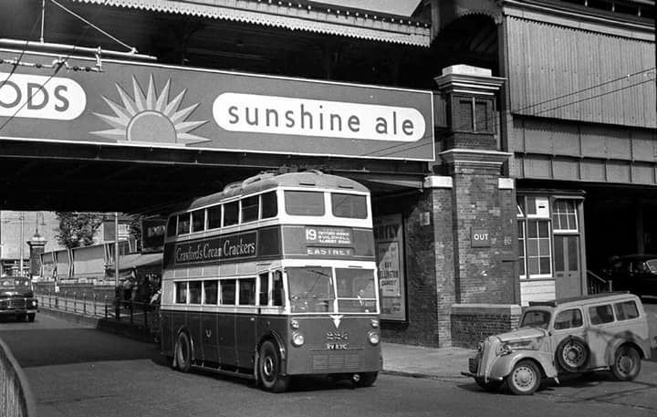 Trolley Bus at Portsmouth station