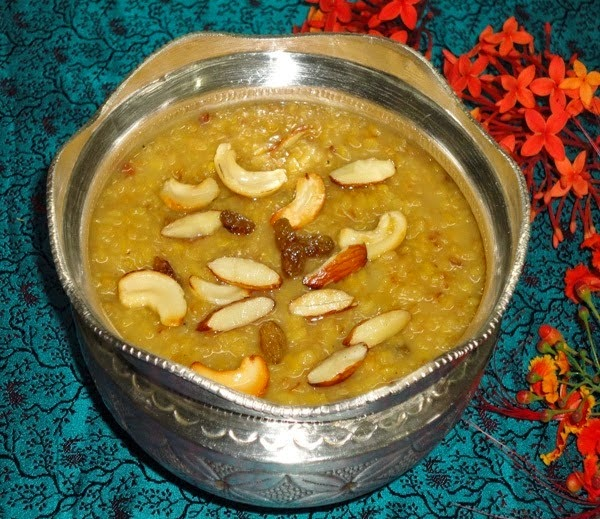 payasa in a serving bowl