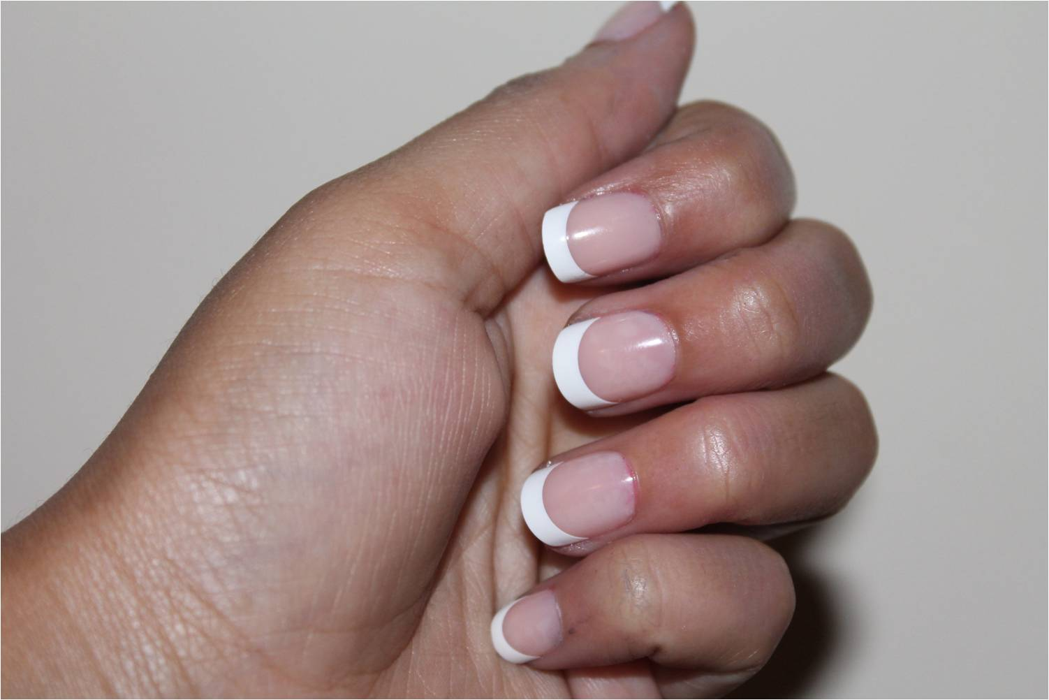 Channi Chic*: Everlasting French Nails from Kiss