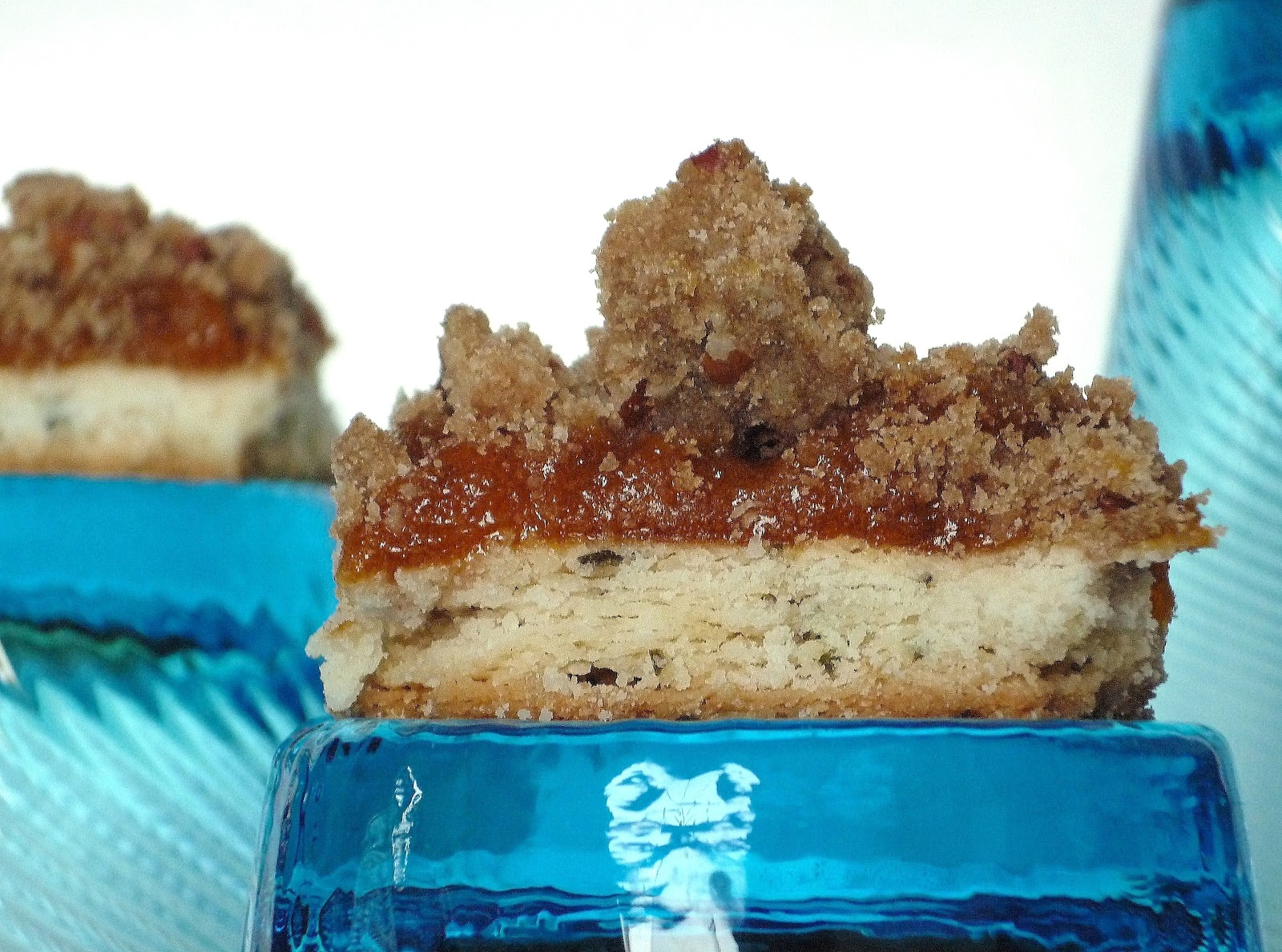 Apricot rosemary streusel bars better homes and gardens recipe