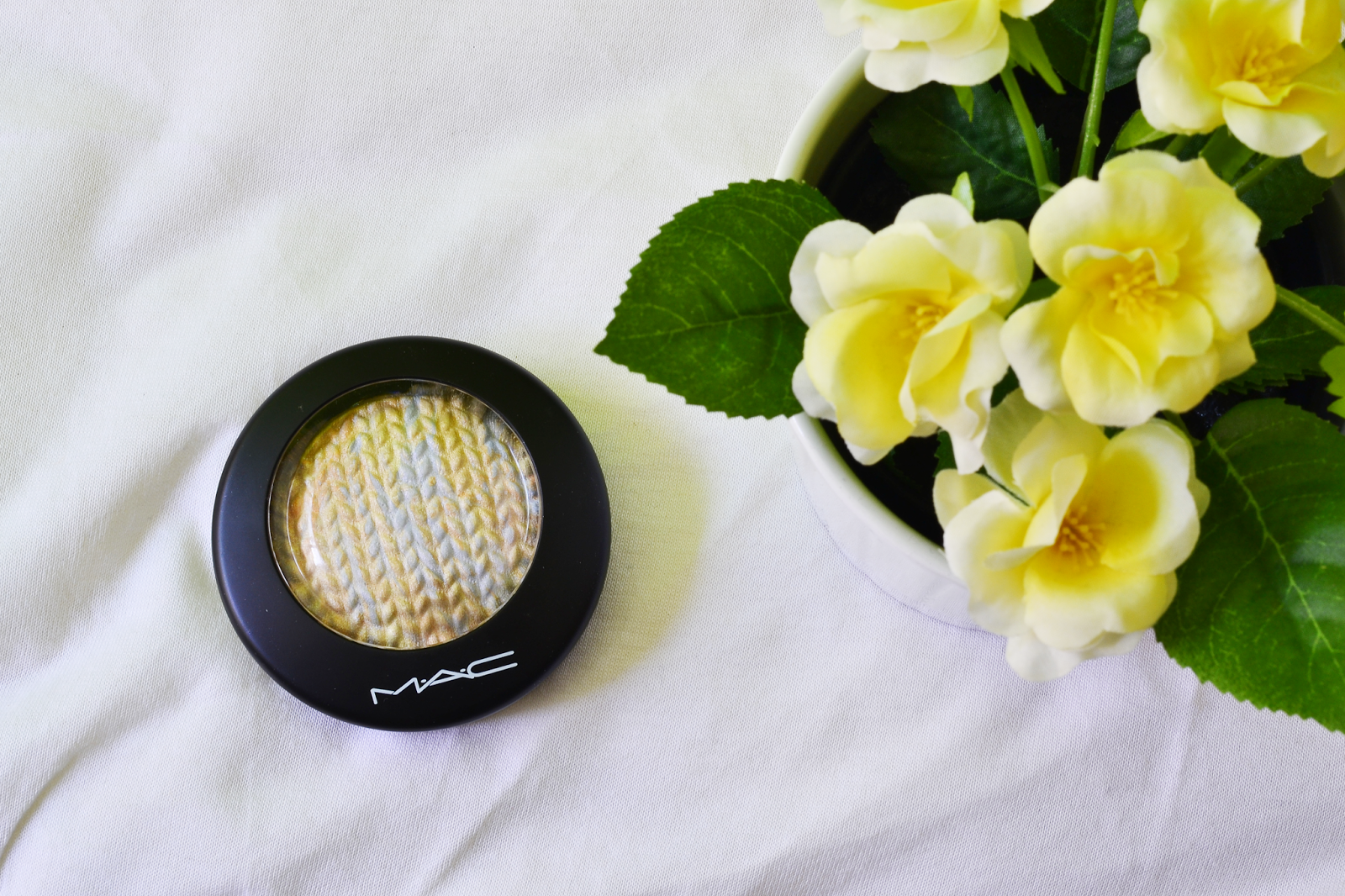 MAC Mineralize Skinfinish, Lightscapade