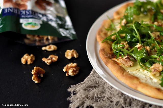 Pizza mit Walnüssen
