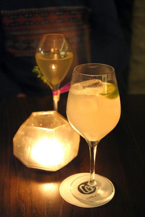 Champagner und Lavendelschorle