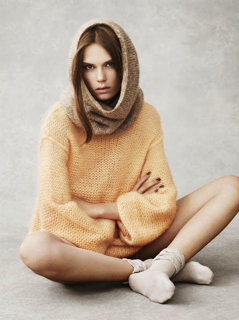 Vía Pinterest por carita dubrovin en http://cactushydrabalm.tumblr.com/post/23376642758/caroline-brasch-nielsen-warm-welcome-uk-vogue