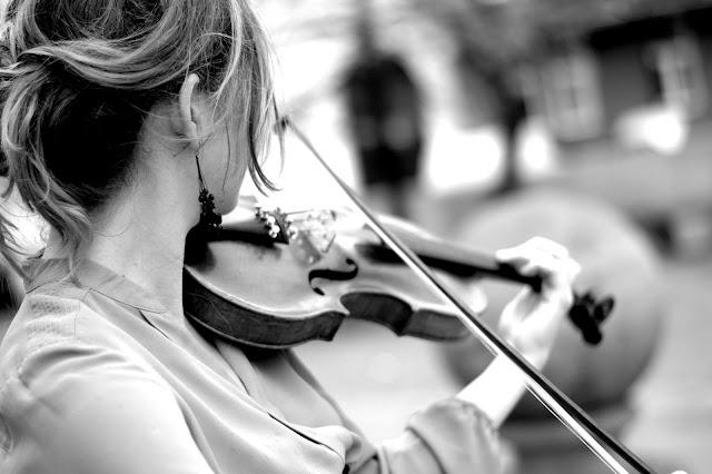 ze skrzypcami