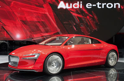 Audi R-8 e-Tron Red Color concept