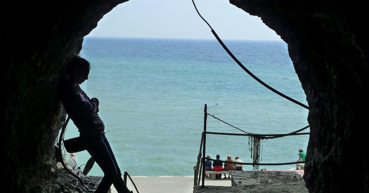 Lq >> FAT GIRL TRAPPED: The Italian Riviera: Cinque Terre