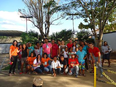 Estudantes da Rede Municipal de ensino de Amargosa participam do IV Seminário de Surdos na cidade de Ipiaú.