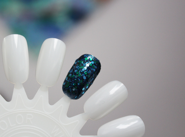 deborah lippmann across the universe review swatch