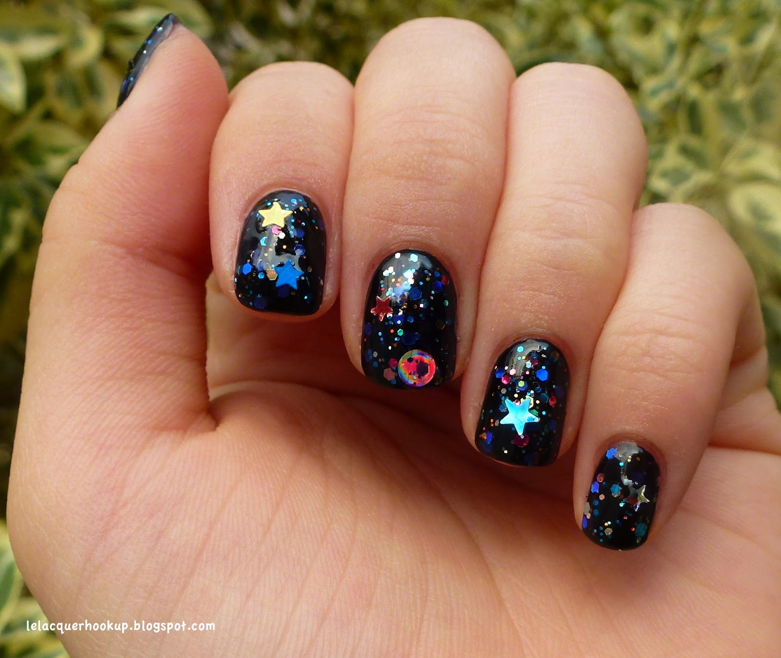LE LACQUER HOOK UP: Starrily Galaxy