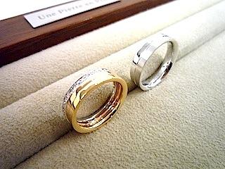 セミオーダーで作ったマリッジリング(結婚指輪)は重ね着け仕様。